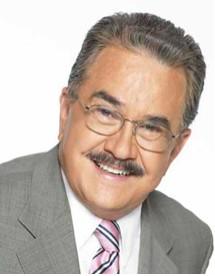 Pedro Sola no se va a Televisa