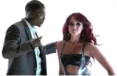 Beautiful Video de Dulce María con Akon