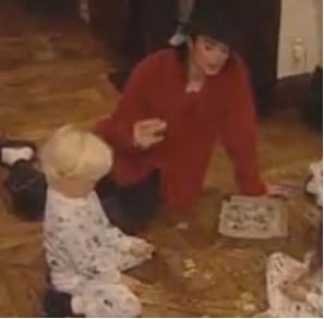 Difunden nuevo video de Michael Jackson con sus hijos