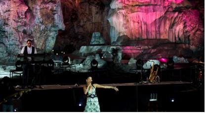 La Quinta Estación ofrece concierto en Las Grutas de Cacahuamilpa