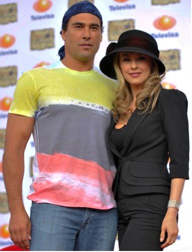 Aracely Arambula y Eduardo Yañez en corazón Salvaje