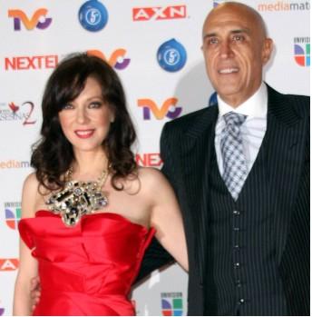 Edith González y Pedro Torres