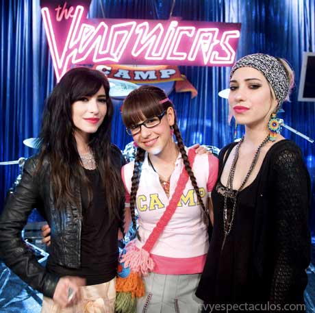 Patito con The Veronicas