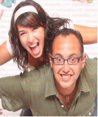 Mauricio Clark Y Laura G