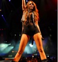 Miley Cyrus da concierto en short