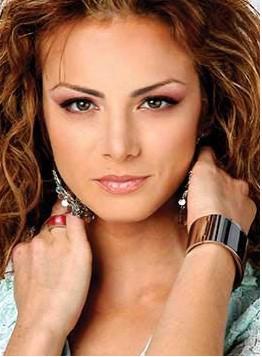 Cumple 31 años Silvia Navarro