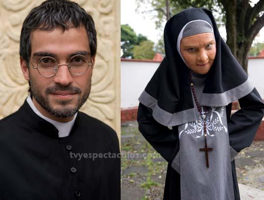 Belinda caracterizada como Monja y Poncho Herrera como Padre