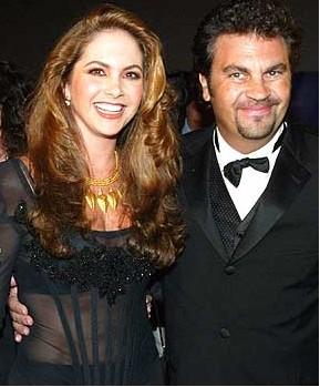 Se rumora que Lucero ya sale con un actor Argentino