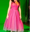 Selena Gomez durante la grabación de Naturally