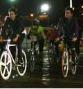 Jared Leto en bicicleta