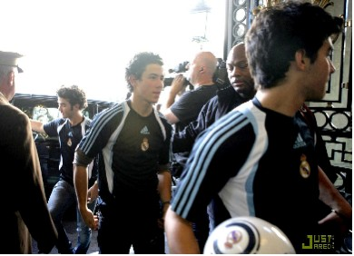 Jonas Brothers al estilo Real Madrid