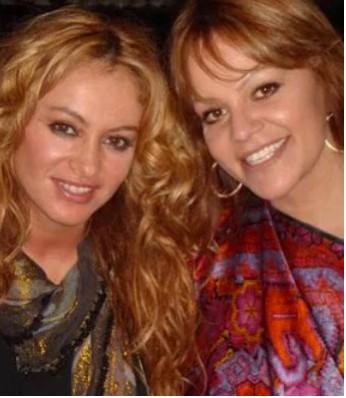Ni Rosas Ni Juguetes de Paulina Rubio con Jenny Rivera