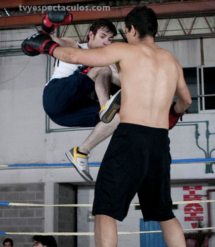 Pee Wee protagoniza pelea en Camaleones
