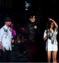 Tokio Hotel con su premio Telehit