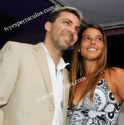 Cristian Castro con su nueva novia Argentina