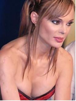 Carmen Campuzano desea escribir sus memorias