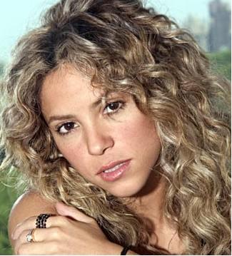 Cuple 33 Años Shakira