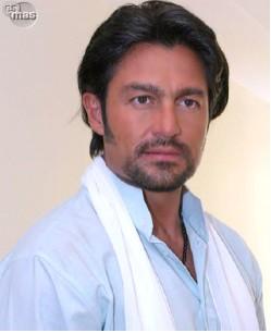 Fernando Colunga cumple 44 años