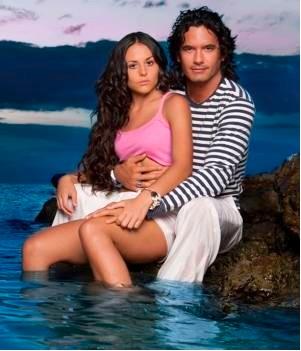 Mario Cimarro da nuevamente de que hablar en Mar de amor