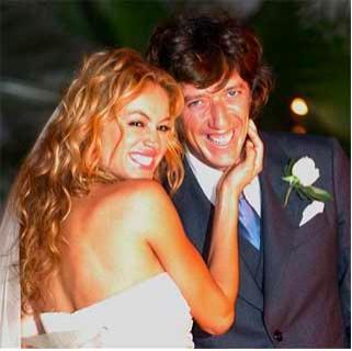 Paulina Rubio y Colate en su boda