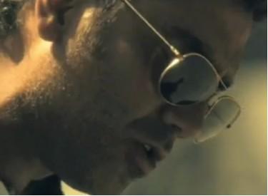 Video Me Hace Tanto Bien de Alejandro Fernández