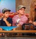 Ana Bárbara y sus hijos en el Show de Cristina