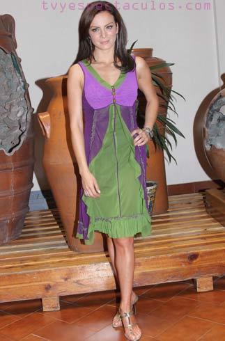 Presentan a Silvia Navarro como la protagonista de Quisiera Amarte