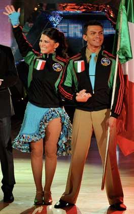 Cambia de pareja Alessandra Rosaldo en el 2do. Campeonato Mundial de Baile