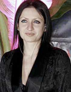 Chela Lora