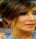 Lorena Rojas con el cabello corto