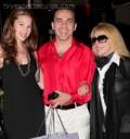 Cristian Castro con su novia y mamá