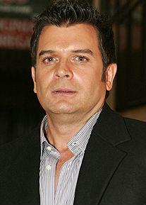 Sergio Basañez en versión mexicana de Grey's Anatomy