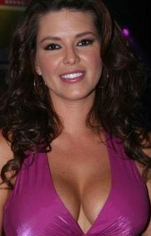 Alicia Machado podría ser la protagonista de Una Familia con Suerte
