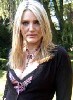 Ana Ciochetti