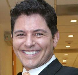 Ernesto Laguardia será papá por tercera ocasión