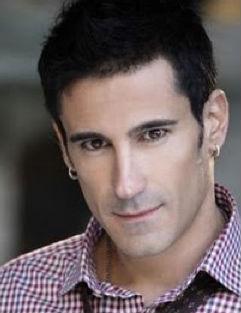 Marco Di Mauro se une al elenco de Muchacha italiana viene a casarse