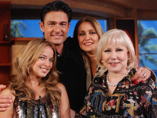 Fernando Colunga, Daniela Romo y Adamari Lopez en el Show de Cristina