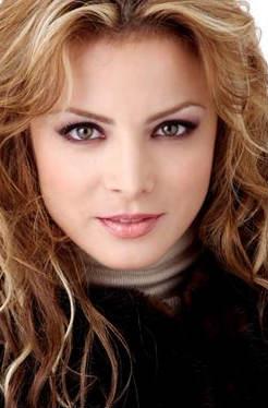 Feliz cumpleaños Silvia Navarro