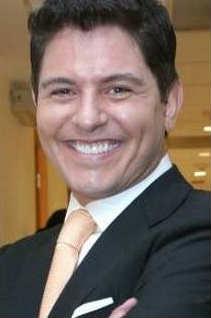 Ernesto Laguardia en lugar de Jorge Salinas en Aventurera