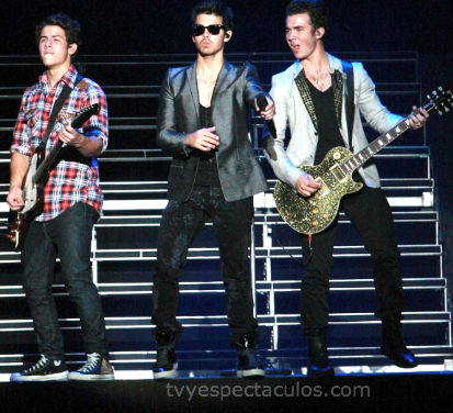 Jonas Brothers tristes por no presentarse en Monterrey
