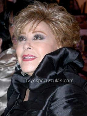 Silvia Pinal en premios Bravo