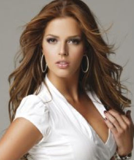 Claudia Álvarez ya es de Televisa