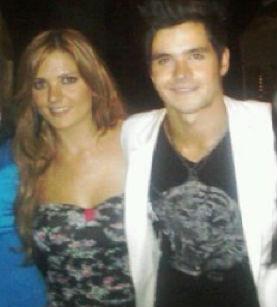 Eleazar Gómez y su hermana