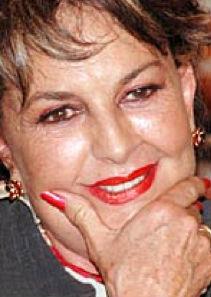 Talina Fernández molesta por cuestionamientos sobre Pirru