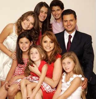 Angélica Rivera y Peña Nieto buscan su séptimo hijo