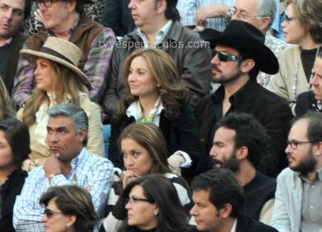 Aracely Arámbula, Jorge Salinas y Alejandro Fernandez en la Plaza de Toros