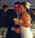 Angelica Vale y su novio en boda