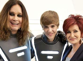 Justin Bieber con Los Osbourne