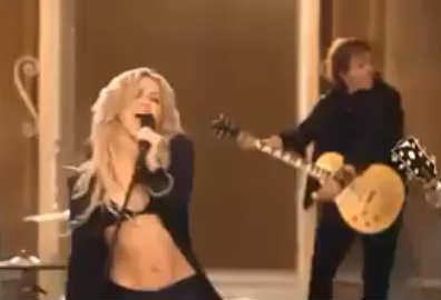 Video Sale el Sol de Shakira