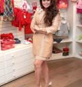 Yadhira Carrillo en su tienda